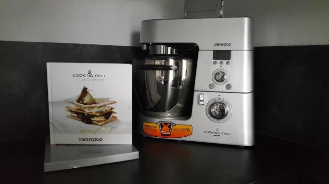 Planetaria Kenwood Cooking Chef KM094 in tutto il suo splendore con il libro delle ricette incluso